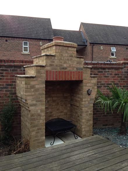Garden Barbecue Area - Aylesbury