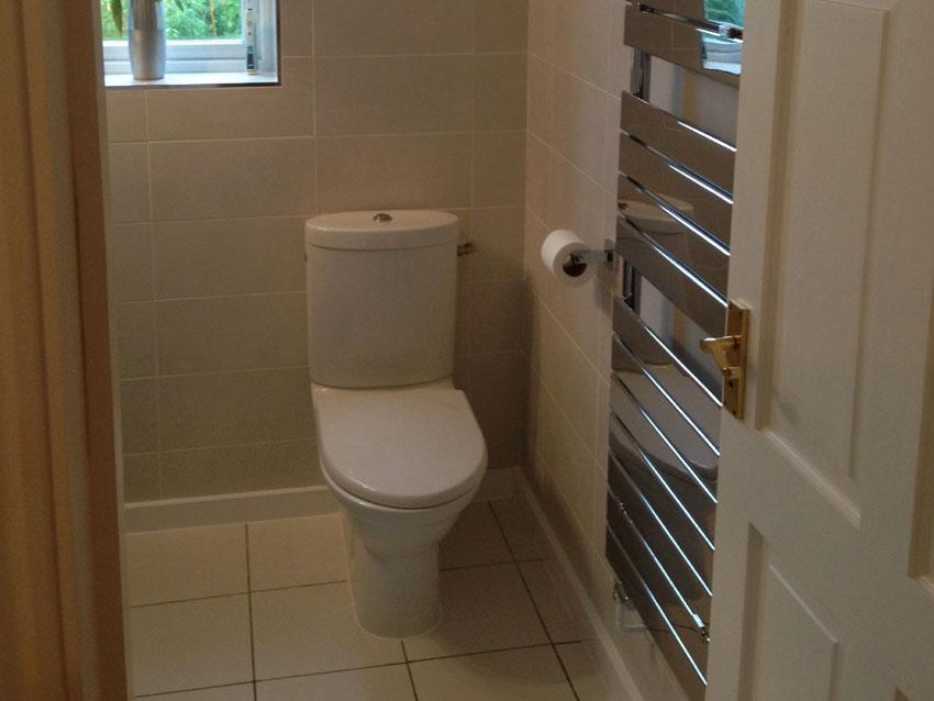 En suite Shower Room - Chinnor