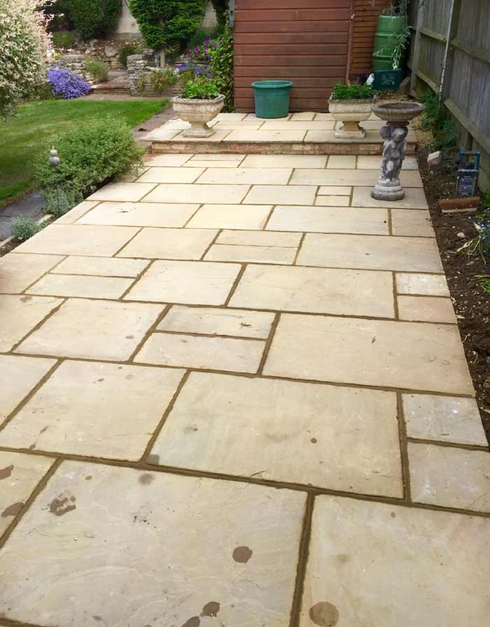 Garden Patio - Thame, Oxfordshire