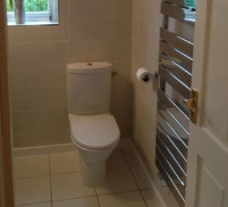 En suite Shower Room - Chinnor